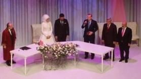 Erdoğan medya yöneticisinin nikahında şahitlik yaptı!