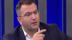 """Cem Küçük'ten Enver Aysever'e; """"Cüneyt Özdemir ile Ahmet Hakan seni tost ettiler"""""""