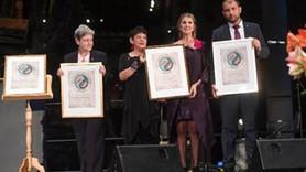 Cumhuriyet gazetesine 'Alternatif Nobel' ödülü