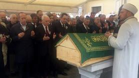 Duayen gazeteci Mete Akyol son yolculuğuna uğurlandı