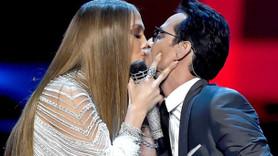 Jennifer Lopez'le öpüşmüştü! Ünlü şarkıcı eşinden boşandı!