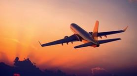 Usta gazeteci uçakta kalp krizi geçirdi