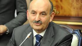 Bakan Müezzinoğlu'na gazeteciden tepki: Yemek veriyorsunuz ama rakı yok, bu nasıl laiklik?