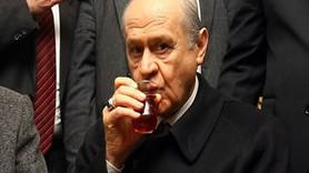 MHP'de kavga özel hayata uzandı; ülkücü yazar Bahçeli'nin bekârlığını sorguladı
