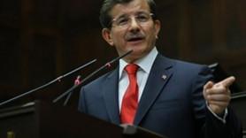 Erdoğan-Davutoğlu krizi AKP toplantısını sansürletti! 4 gazete o konuşmayı görmedi!