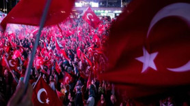 Financial Times: Darbe girişimi gecesinde Suriyeliler de Erdoğan için sokaklara çıktı