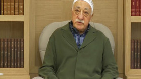 Wall Street Journal'dan olay iddia: Gülen darbe girişimi sinyalini haki cübbeyle verdi!