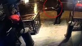 İşte teröristin Reina'ya saldırı anı!