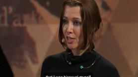 Elif Şafak'tan bomba 'biseksüelim' itirafı: Kadınlardan da hoşlanıyorum!