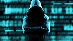 Ünlüleri hackleyen hackerlar yakalandı!