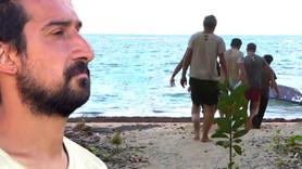 Survivor'da beklenmedik gelişme! Ünlü isim adadan götürüldü!