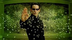 Ünlü senarist: The Matrix yeniden çekilmemeli!
