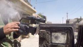 IŞİD'in keskin nişancısı gazeteciyi kamerasından vurdu!