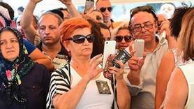 Harun Kolçak'ın cenazesinde şok görüntü! Tabut önünde selfie!