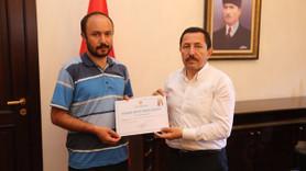 Türkiye'nin ilk ve tek vali danışmanı gazeteciye yaşam boyu onur ödülü!