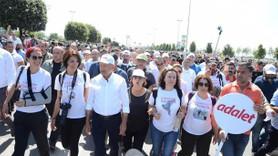 'Adalet Yürüyüşü'ne tutuklu gazetecilerin yakınları da katıldı!