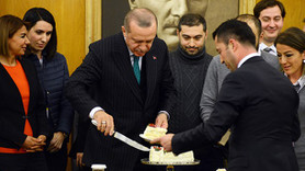 Gazetecilerden Erdoğan'a doğum gününü sürprizi!