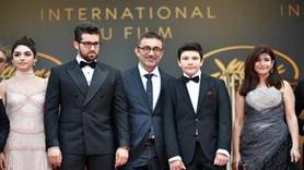 Nuri Bilge Ceylan'ın Ahlat Ağacı, Cannes'a damga vurdu! Ayakta alkışladılar...
