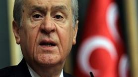 Sözcü yazarı Emin Çölaşan köşesini Devlet Bahçeli'ye bıraktı