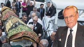 Erdoğan Demirören'in tabutunun üzerindeki örtünün anlamı ne?