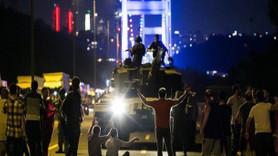 107 gazeteci o geceyi anlattı! 15 Temmuz'un objektifleri belgesel oldu!
