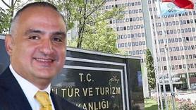 AK Partili Turizm Bakanı Sözcü Gazetesi'ni reklama boğdu!