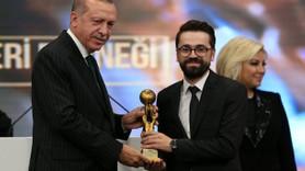 Yılın en iyi radyo yapımcısı Adem Metan seçildi!