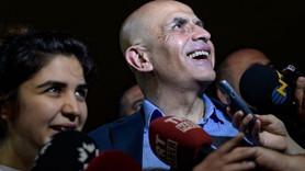 Tahliye olan Enis Berberoğlu'ndan ilk açıklama! '16 aydır tecritte yaşıyorum'