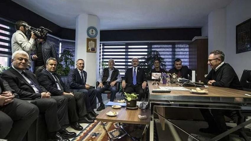 Kılıçdaroğlu'ndan yazarlarına 'FETÖ' davası açılan Sözcü'ye ziyaret
