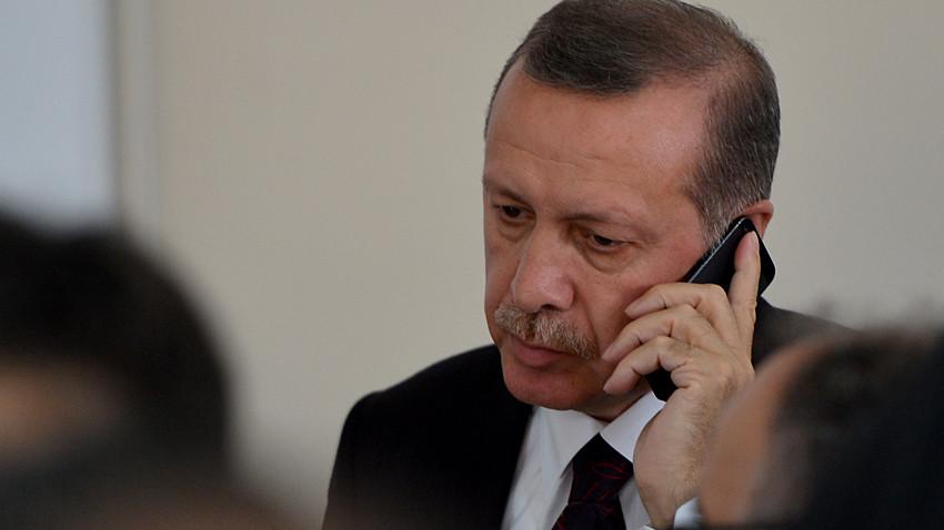 Herkesi şoke eden olay! Erdoğan'ın telefonu olmadık yerde çalınca...