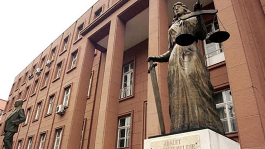 Yargıtay'dan ezber bozan karar: Anne aldatırsa velayet...
