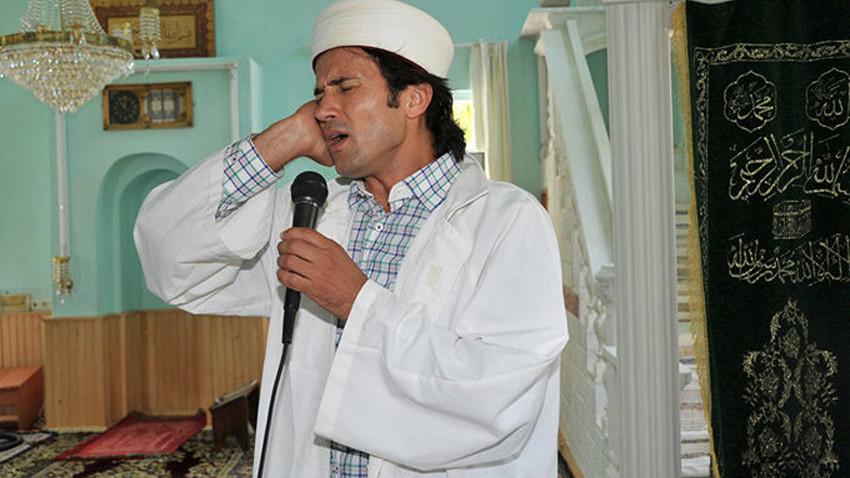 Türkiye'nin konuştuğu 'Rockçı imam' adaylığını açıkladı