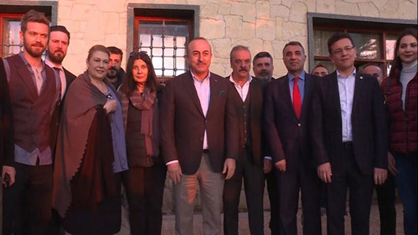 Mevlüt Çavuşoğlu'ndan dizi setine sürpriz ziyaret!