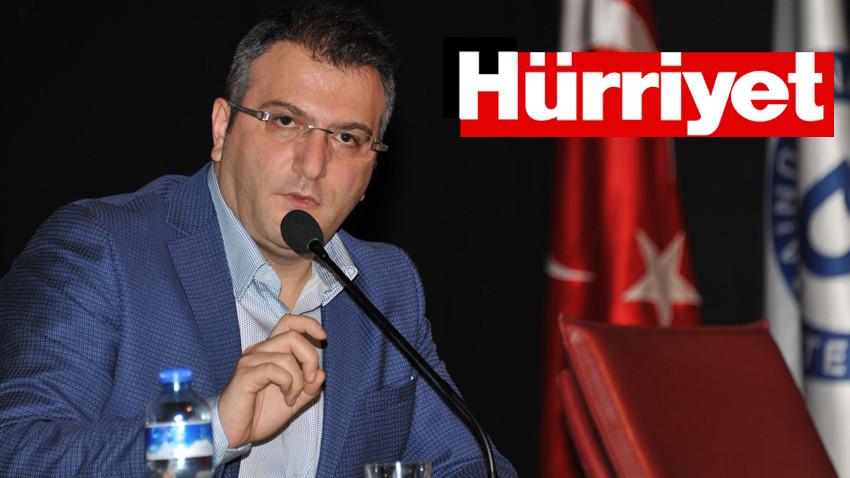 Cem Küçük'ten bomba Hürriyet iddiası:  FETÖ'den yargılanan iki muhabiri halen...