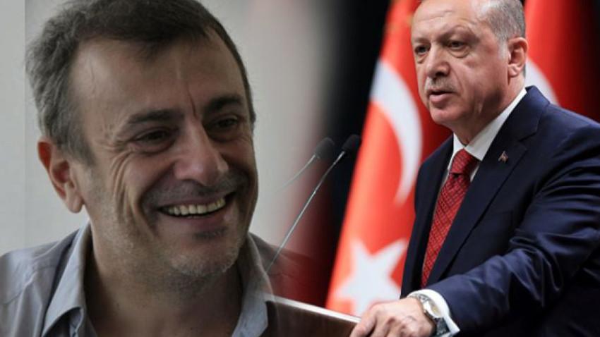 Kutluğ Ataman eserini Külliye'ye hediye etti