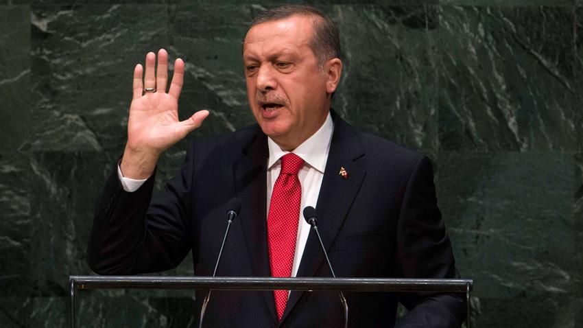 Milli Görüş'e yakın gazeteciden sürpriz iddia: Erdoğan görevi bırakıyor