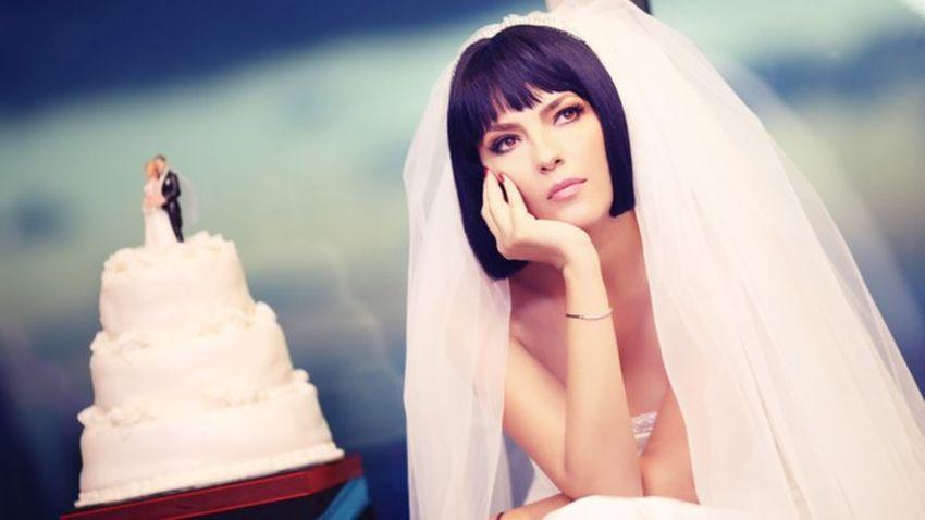 Yeşim Salkım'dan ünlü şarkıcıya aşk itirafı!