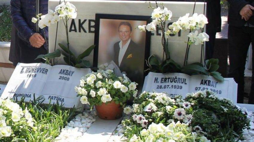 Sözcü çalışanları Ertuğrul Akbay'ı andı, oğlu Burak Akbay görüntülü izledi...