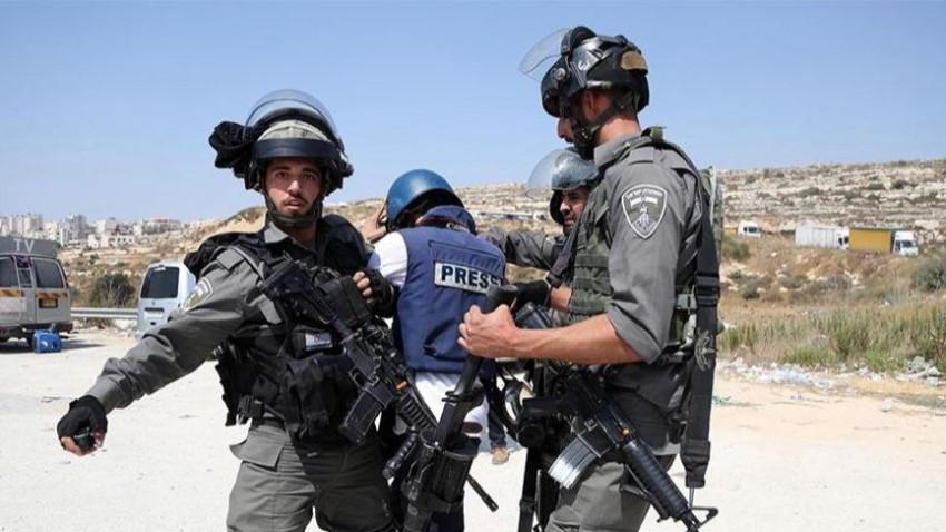 İsrail AA kameramanı dahil 7 gazeteciyi gözaltına aldı