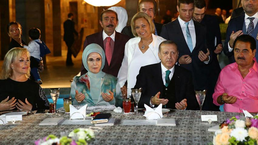 Cumhurbaşkanı Erdoğan'dan sanatçılara iftar daveti!