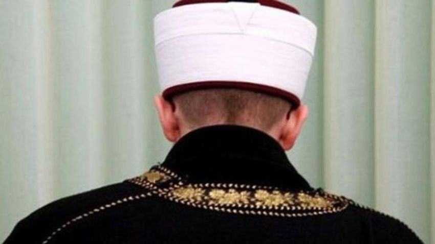 Kamu görevlisi kabul edildi! YSK'dan sandıklara imam başkan