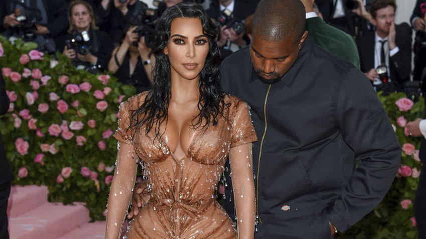 Kardashian'dan bir korse itirafı daha: Hiç böyle acı çekmedim