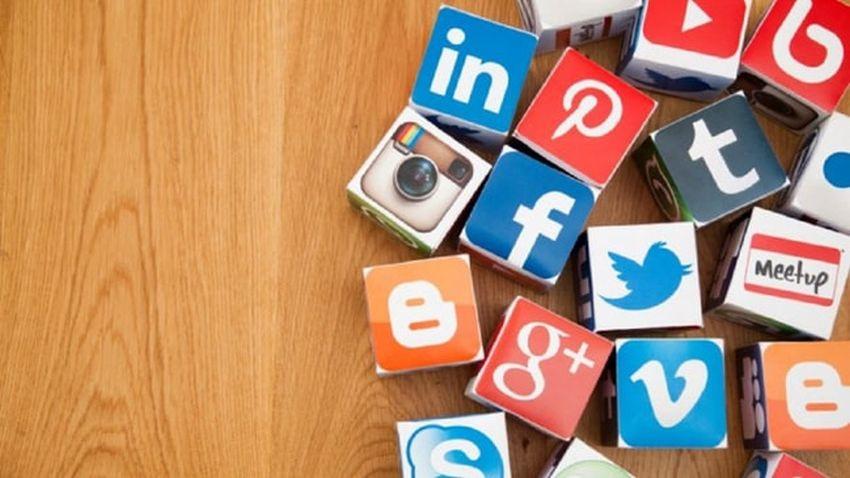 Sosyal medyada FETÖ'nün 10 taktiği deşifre oldu