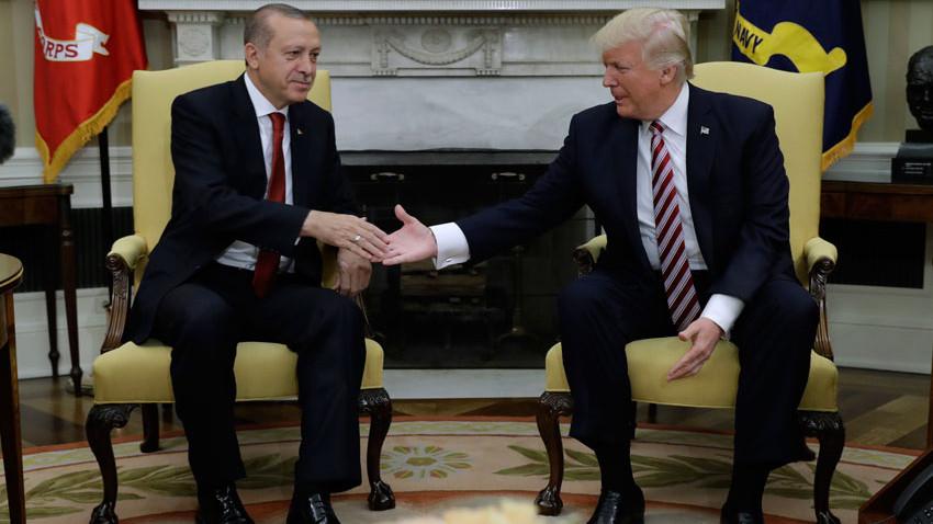 ABD medyasından olay iddia: Erdoğan tehdit etti!