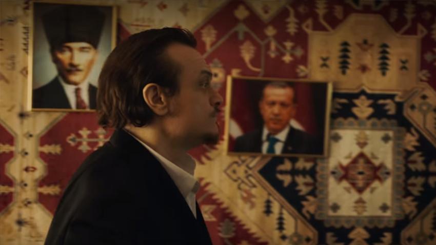 Yine Netflix yine skandal! Atatürk ve Erdoğan fotoğrafları kullanılarak...