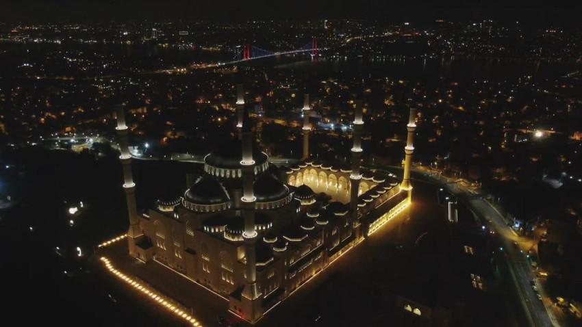 Barış Pınarı Harekâtı için tüm camilerde Fetih Suresi okundu