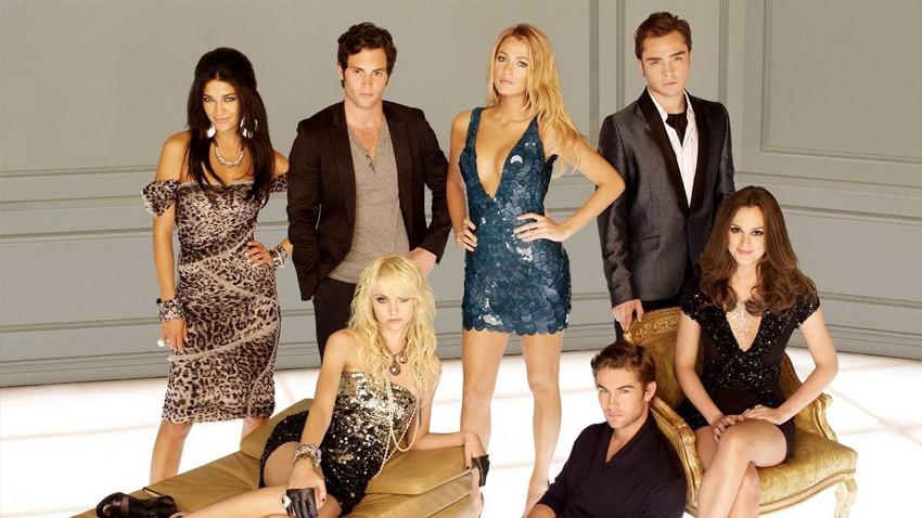 Ünlü gençlik dizisi Gossip Girl ekranlara dönüyor!