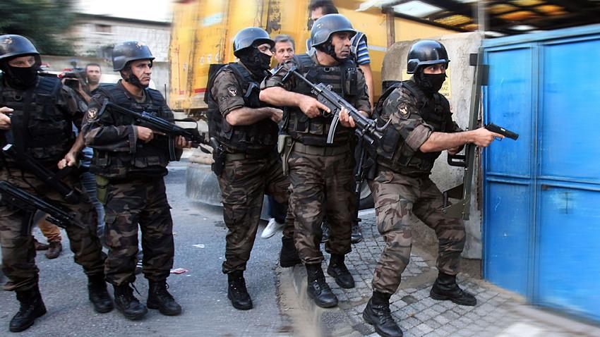 Uzun süredir takipteydi! Ünlü mafya lideri İstanbul'da yakalandı!