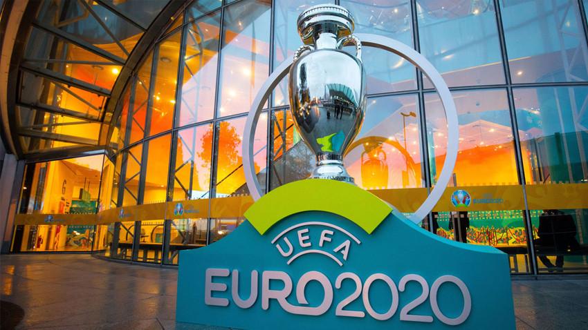 UEFA kararını verdi... 2021'e ertelendi