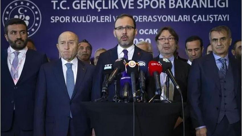 Ankara'daki kritik toplantıdan karar çıktı! Tüm ligler ertelendi